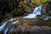 An den Rissloch-Wasserfällen bei Bodenmais, Bayrischer Wald, Bayern, Deutschland