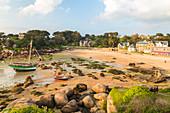 Beach, Ploumanach, Cote de Granit Rose, Cotes d'Amor, Brittany, France