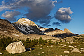 Berge im Almgelände von Groß-Fanes, Dolomiten, Südtirol