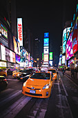 Yellow Taxi in Times Square, Manhattan, New York, USA