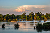 """Boat in the Mekong near the """"Four Thousand Islands"""", Don Det, Laos, Asia"""
