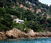 France, Alpes Maritimes, Roquebrune Cap Martin, Cap Martin, Sentier de la Buse, Villa E1027 built by Eileen Gray for architect Jean Badovici