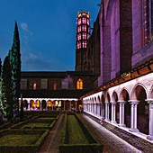 France, Haute Garonne, Toulouse, listed at Great Tourist Sites in Midi-Pyrenees, Les Jacobins, evening light in the cloister of the Jacobins
