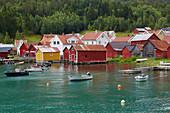 Haus, Bootshaus, Boot, Solvorn am Lustrafjord, Sogn og Fjordane, Norwegen, Europa