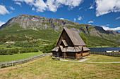 Stabkirche Oeye am See Vangmjoesi, Gemeinde Vang, Oppland, Norwegen, Europa