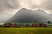 Rorbuer, Hütten, Camping, Berge, See, Fjord, Oldevatnet, Norwegen, Europa\n