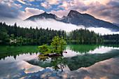 Sonnenaufgang, Hintersee, Bergsee, Alpen, Ramsau, Berchtesgaden, Bayern, Deutschland, Europa\n