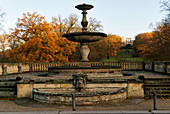 Fountain in the Maulbeerallee, view to the ruins mountain, Potsdam, Land Brandenburg, Germany