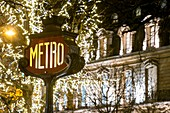 France, Paris, Franklin D. Roosevelt metro station