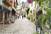 France, Cotes d'Armor, Dinan, Jerzual street