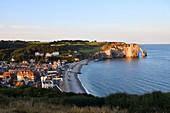 France, Seine Maritime, Pays de Caux, Cote d'Albatre (Alabaster Coast), Etretat and it's beach, the Aval cliff, the Arch and the Aiguille (Needle) d'Aval