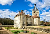 France, Cote-d'Or, Talmay, the castle of Talmay is a classic 18th century castle backed by a square tower of the 13th century