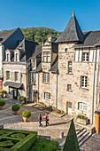 France, Dordogne, Perigord Noir, Terrasson Lavilledieu, place Bouquier, Vezere valley