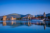 Trogir Harbour, Trogir, UNESCO World Heritage Site, Dalmatian Coast, Croatia, Europe