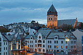 Evening stroll through the Art Nouveau town of Alesund, Möre og Romsdal province, Vestlandet, Norway, Europe