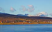 Landschaft nahe Tromsö im Straumsfjorden, Schnee, Troms, Norwegen, Europa