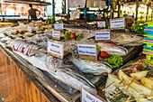 Seafood on display in Ko Lipe, Tarutao National Marine Park, Thailand, Southeast Asia, Asia