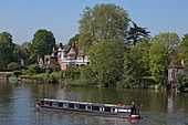 Barge on the River Thames, Henley-upon-Thames, Oxfordshire, England