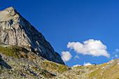 Wiwannihütte with Wiwannihorn, Wiwannihütte, Bernese Alps, Valais, Switzerland