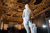 Statue in the Chamber of Scutinio, Sala dello Scrutinio, Palazzo Ducale, San Marco, Venice, Veneto, Italy, Europe