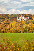 Schwarzenberg Castle in autumn, Scheinfeld, Neustadt an der Aisch, Middle Franconia, Franconia, Bavaria, Germany, Europe