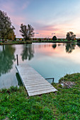 The landscape lake in Seinsheim in the early morning, Kitzingen, Lower Franconia, Franconia, Bavaria, Germany, Europe