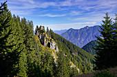 Blick auf das Ettaler Manndl, Oberammergau, Bayern, Deutschland, Europa