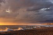 Stormy seas at Alanya beach, Turkish Riviera, Mediterranean region, Asia Minor, Turkey