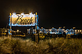 View of the Christmas illuminated Beachmotel in Heiligenhafen, Ostee, Ostholstein, Schleswig-Holstein, Germany