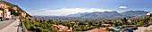 Aussicht von Monreale auf Stadt und Berge, Palermo, Sizilien, Italien