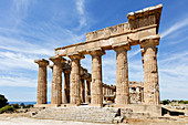 Temple E, Greek site, Selinunte, Sicily, Italy