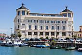 Postgebäude, Hafen, Syrakus, Sizilien, Italien