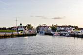 Harbor in the evening light, fishing boats, fishing trawler, evening light, Neuharlingersiel, East Frisia, Lower Saxony, Germany