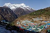The main town in Solo Khumbu: Namche Bazar, Nepal, Himalayas, Asia.