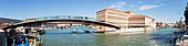 "Brücke ""Ponte della Costituzione"" über den Canal Grande in Venedig, Panorama, Venetien, Italien"