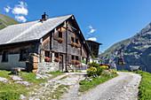 Alp Surenen Hütte und Lift auf der Fürenalp, Stäuber, Engelberg, Schweiz