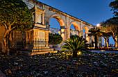 Abends im kleinen Park von Valletta, Malta, Mittelmeer, Europa
