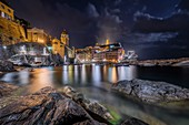 A night glimpse of the village of Vernazza, National Park of Cinque Terre, municipality of Vernazza, La Spezia province, Liguria district, Italy, Europe