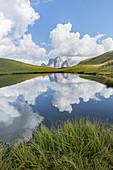 Europe, Italy, Veneto, Unesco Dolomites: Baste Lake