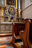 Pew in front of the silver altar of St. Johann Nepomuk; Johann Nepomuk Chapel; Johann Michael Ernst; 1730;