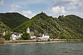 Sterrenberg Castle and Liebenstein Castle are enthroned above the Rhine, Kamp Bornhofen, Rhineland-Palatinate, Germany, Europe