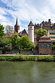 The Tauber flows gently past the old town with the Roter Turm am Faultor (Kittsteintor), collegiate church and Wertheim Castle, Wertheim, Spessart-Mainland, Franconia, Baden-Wuerttemberg, Germany, Europe