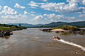 Longtail boat on Mekong River, near Houayxay (Huay Xai), Bokeo Province, Laos, Asia