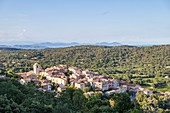 France, Var, Peninsula of Saint-Tropez, Ramatuelle, the village with the Gulf of Saint-Tropez and Est?rel in background