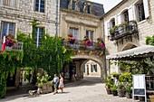 France, Lot et Garonne, Monflanquin, labelled Les Plus Beaux Villages de France (The Most Beaul Villages of France), arcades sqare