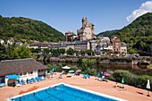 France, Aveyron, Lot Valley, Estaing, labelled Les Plus Beaux Villages de France (The Most Beaul Villages of France), stop on the Road of St Jacques de Compostela, listed as World Heritage by UNESCO, view of the castle of the 16th century and the Gothic bridge over Lot River