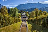 Kaskade im Park von Schloss Linderhof, Ettal, Allgäu, Bayern, Deutschland