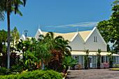 Das Government House mit tropischem Garten, Darwin, Northern Territory, Australien