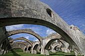 Ruine der alten venezianischen Werft im Ort Gouvia, Insel Korfu, Ionische Inseln, Griechenland