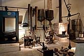 Olivenölmuseum im Ort Kinopiastes, Insel Korfu, Ionische Inseln, Griechenland